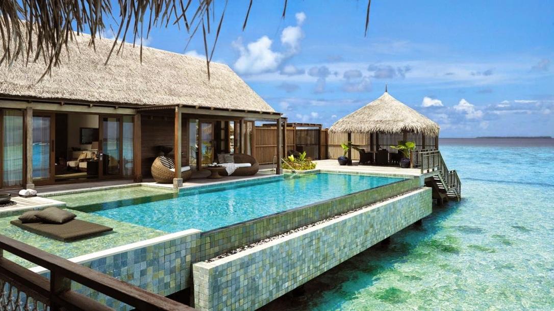 Como-Cocoa-Island-Exterior